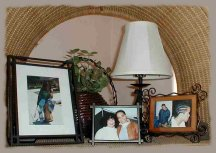 wall grouping mistakes, wall decor, wall groupings